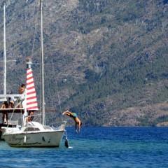 Paseos en velero en el Lago Epuyén